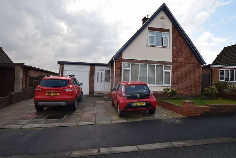 3 Bedrooms Detached House for sale in Laurel Drive, Eccleston, St. Helens