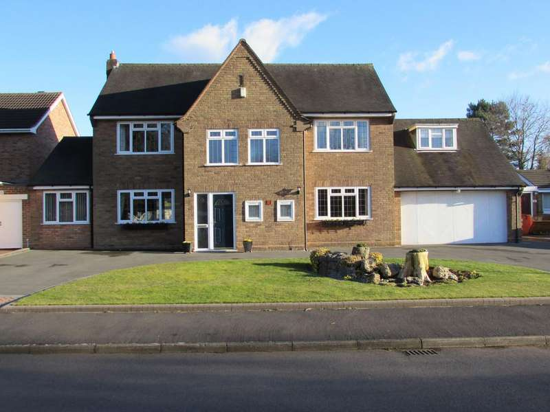 5 Bedrooms Detached House for sale in Birch Tree Grove, Solihull
