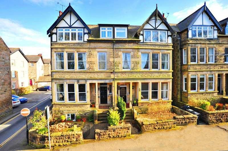 2 Bedrooms Ground Flat for sale in Harlow Moor Drive, Harrogate