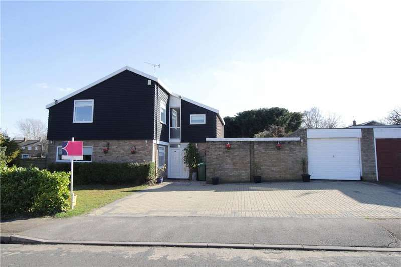 4 Bedrooms Detached House for sale in The Knowle, Basildon, Essex, SS16