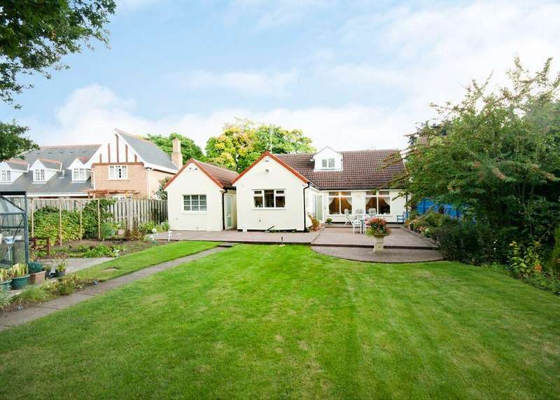 4 Bedrooms Detached Bungalow for sale in 17 St Erics Road, Bessacarr, Doncaster, DN4 6NG