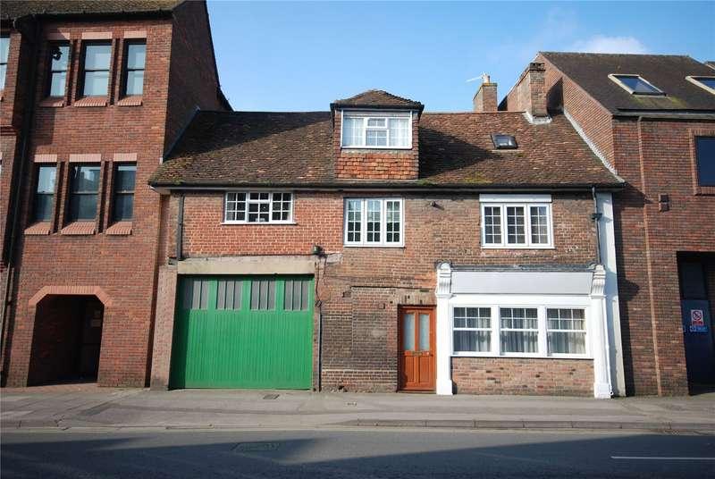 4 Bedrooms Terraced House for sale in Castle Street, Salisbury, Wiltshire, SP1