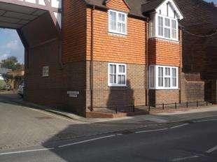 1 Bedroom Maisonette Flat for sale in Wellington Court, Rue De Bayeux, Battle, East Sussex