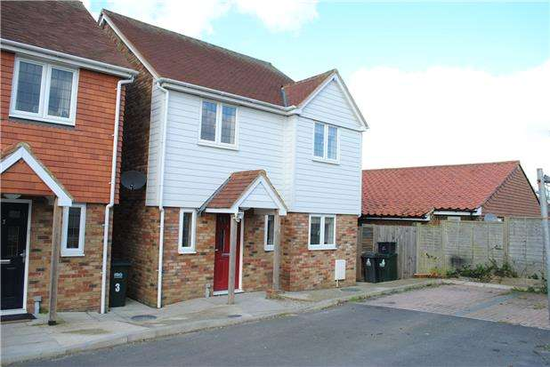 4 Bedrooms Detached House for rent in Orchard Way, Westfield, Hastings, East Sussex, TN35