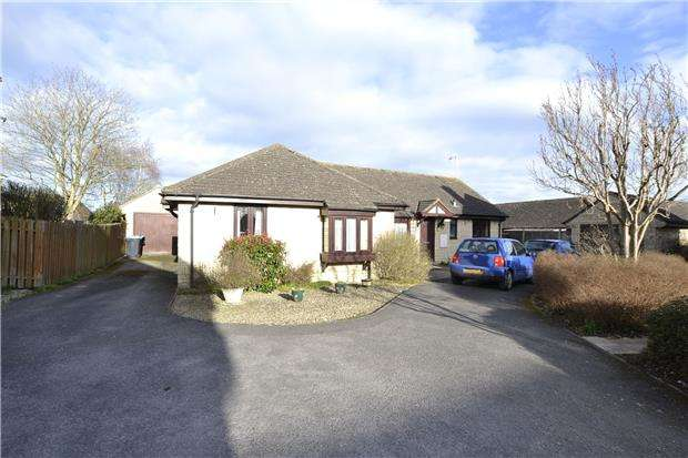 2 Bedrooms Semi Detached Bungalow for sale in Bury Mead, Stanton Harcourt, WITNEY, Oxfordshire, OX29 5SD