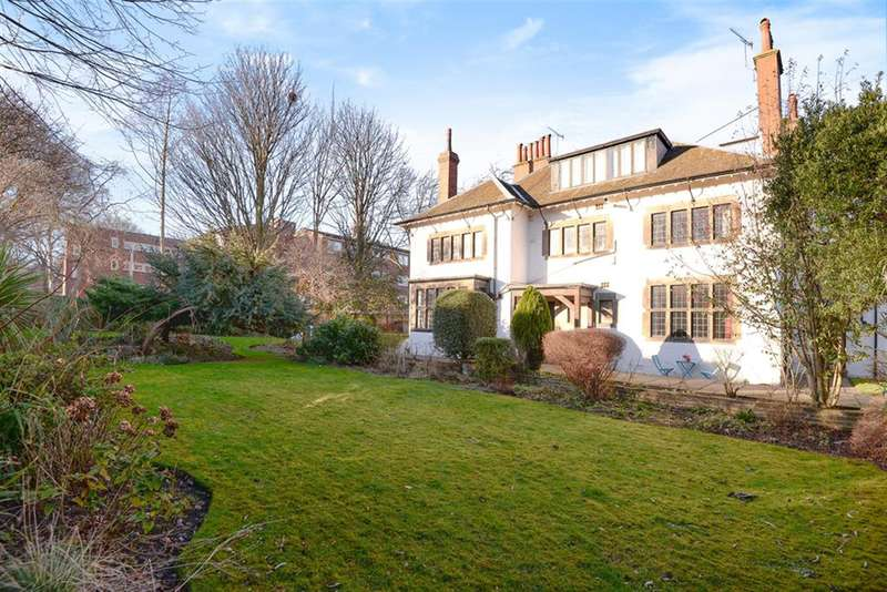 2 Bedrooms Flat for sale in Lincombe, North Hill Road, Headingley, LS6 2EN