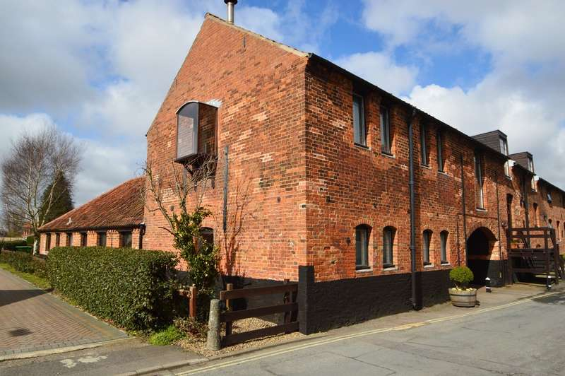 2 Bedrooms Flat for sale in The Maltings, Beccles