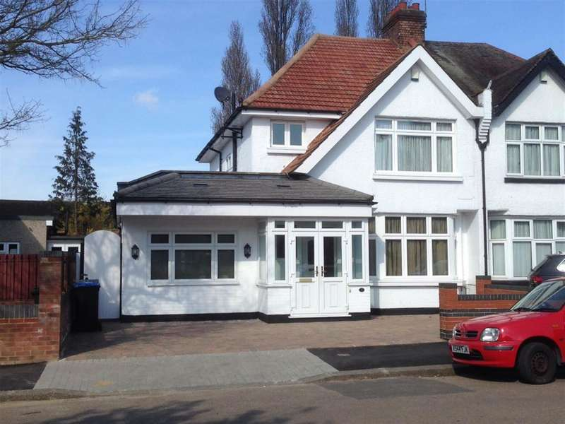 4 Bedrooms Semi Detached House for sale in Beechcroft Gardens, Wembley, Middlesex, HA9 8ER