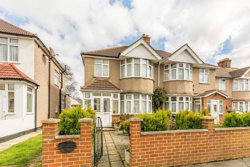 3 Bedrooms House for sale in Hibernia Gardens, Hounslow, TW3