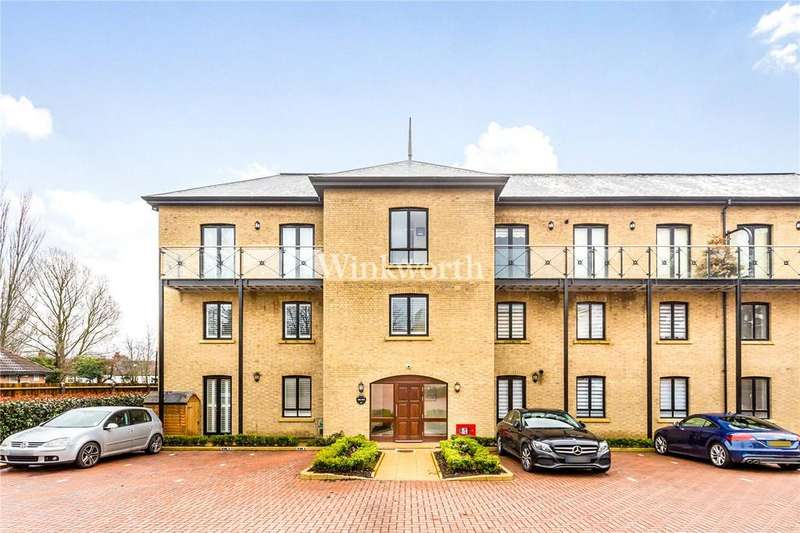 3 Bedrooms Flat for sale in Davis House, 5 Huguenot Drive, London, N13