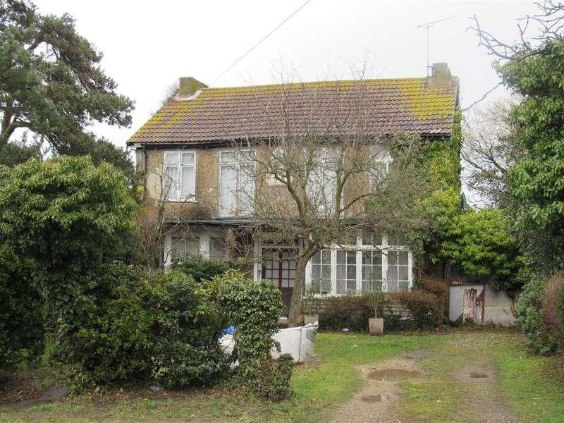 Detached House for sale in Reculver Road, Herne Bay