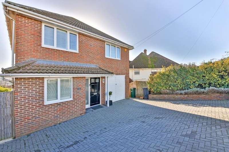 4 Bedrooms Detached House for sale in Ashdown Avenue Saltdean East Sussex BN2