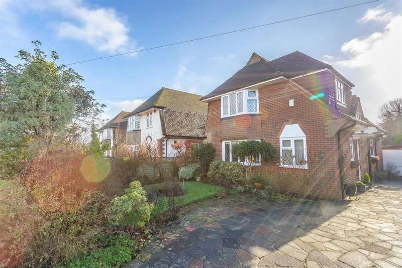 2 Bedrooms Detached House for sale in Tattenham Way, Burgh Heath, Tadworth