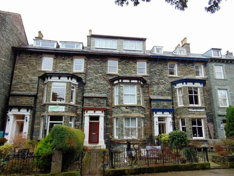 2 Bedrooms Apartment Flat for sale in 7d St John's Terrace, Keswick, Cumbria, CA12 4DP