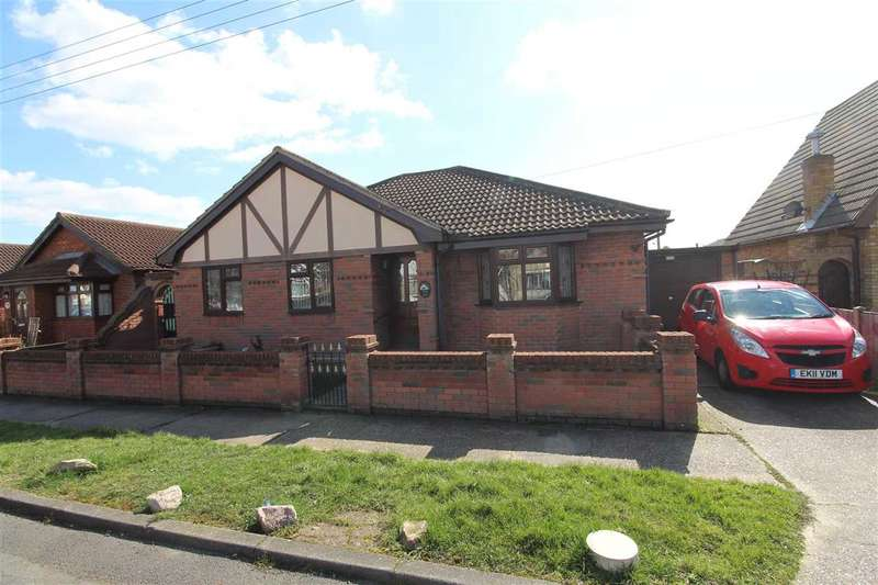 4 Bedrooms Bungalow for sale in Canvey Island