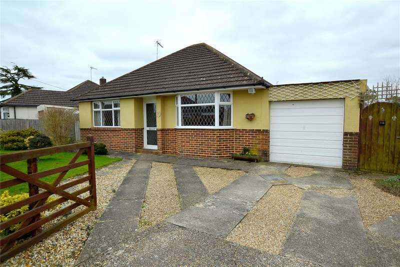 2 Bedrooms Detached House for sale in Fieldway, Ringwood, Hampshire, BH24