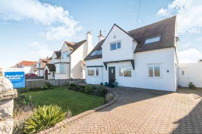 4 Bedrooms Detached House for sale in Marine Drive, Rhos On Sea, Colwyn Bay, Conwy, LL28