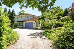 5 Bedrooms Detached House for sale in Lake View Road, Furnace Wood, East Grinstead, West Sussex