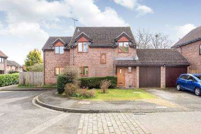 5 Bedrooms Detached House for sale in The Warren, Abingdon, Oxfordshire