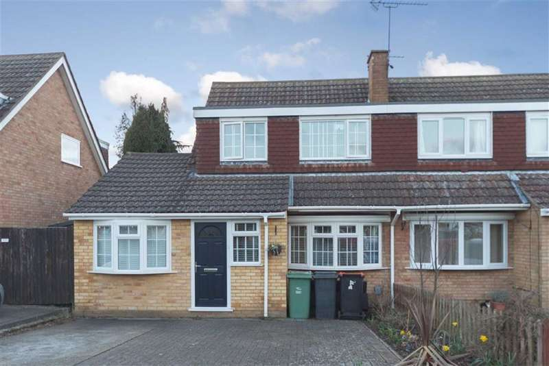 4 Bedrooms Semi Detached House for sale in Weatherby, Dunstable, Bedfordshire, LU6