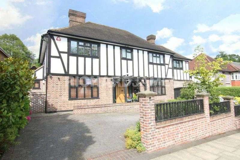 4 Bedrooms Detached House for sale in Holmdene Avenue, London