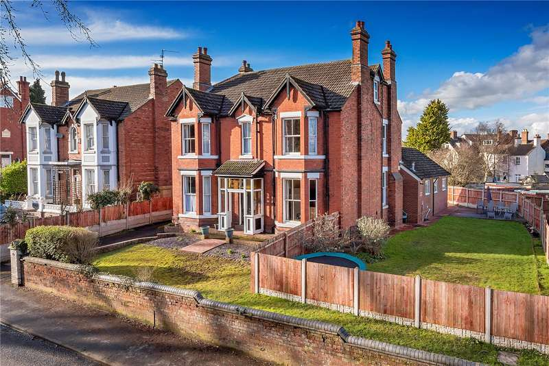 6 Bedrooms Detached House for sale in Richmond House, 154 Holyhead Road, Wellington, Telford, TF1