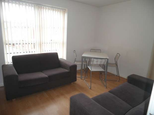 2 Bedrooms Apartment Flat for sale in Blanchard Street, Manchester, M15