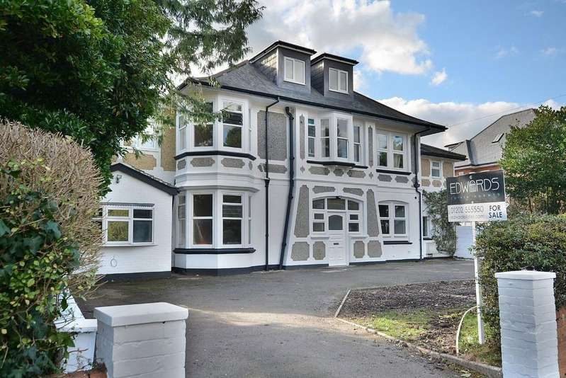 3 Bedrooms Apartment Flat for sale in Portchester Road, Bournemouth