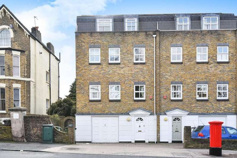 4 Bedrooms Terraced House for sale in Francis Mews, Burnt Ash Hill, Lee