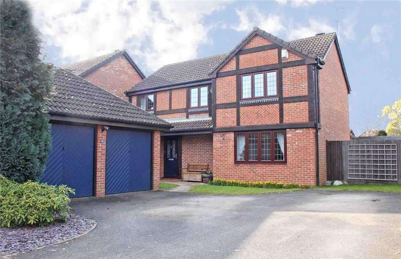 4 Bedrooms Detached House for sale in Northwood, Welwyn Garden City, Hertfordshire