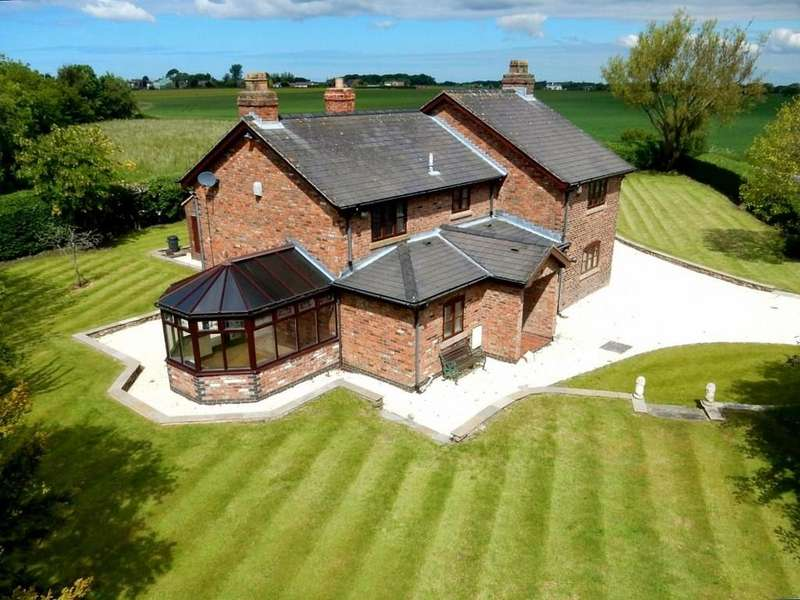 4 Bedrooms Detached House for sale in The Cottage, Bickerstaffe