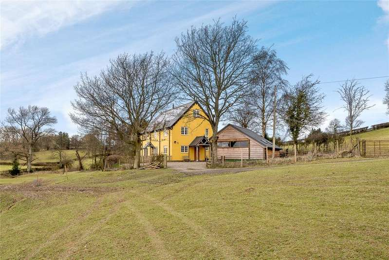 5 Bedrooms Detached House for sale in Cefn Y Coed, Llandyssil, Montgomery, Powys