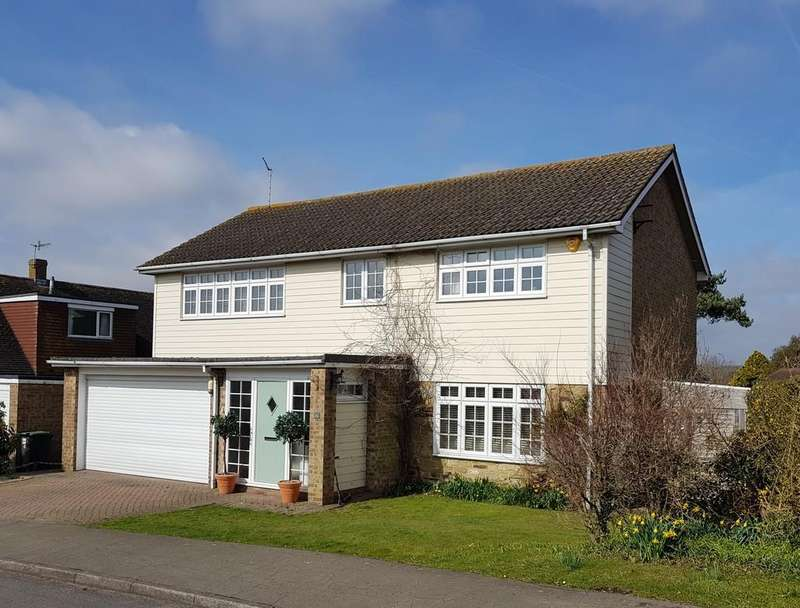 4 Bedrooms Detached House for sale in Lesser Foxholes, Shoreham-by-Sea, West Sussex BN43 5NT