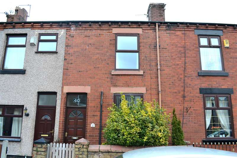 3 Bedrooms Terraced House for sale in Oxford Street, Leigh