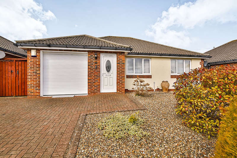 2 Bedrooms Detached Bungalow for sale in Ramsay Road, Chopwell, Newcastle Upon Tyne, NE17
