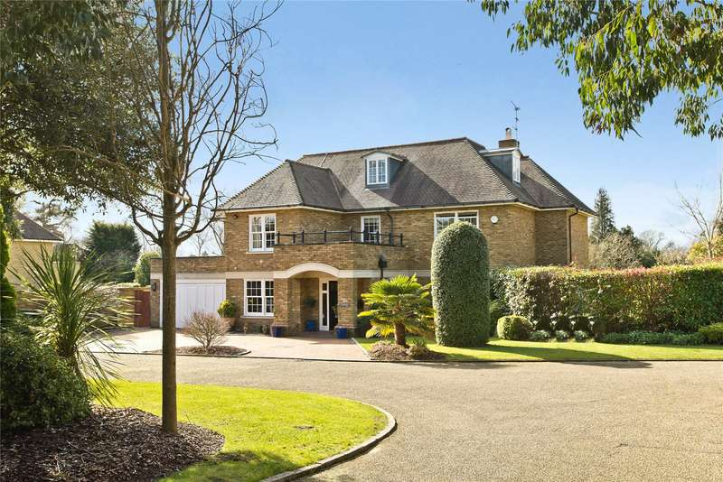 5 Bedrooms Detached House for sale in Brookfield Place, Cobham, Surrey, KT11