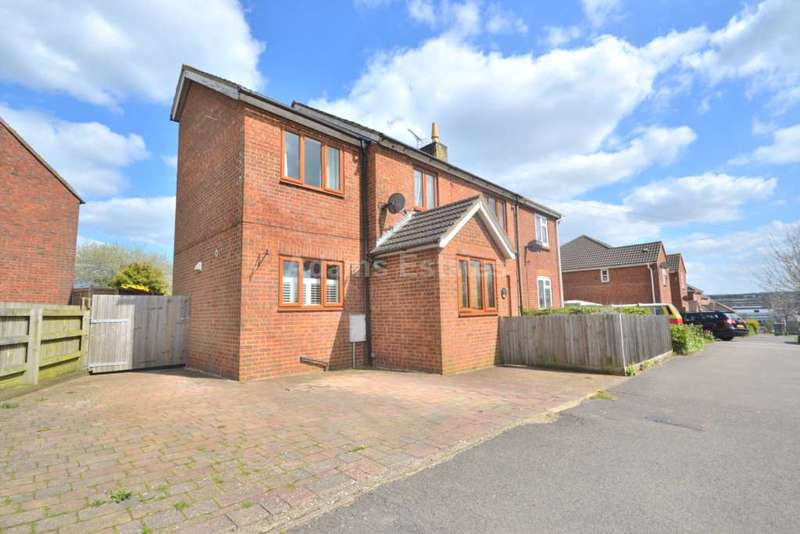 5 Bedrooms End Of Terrace House for rent in Hill View Road, Basingstoke