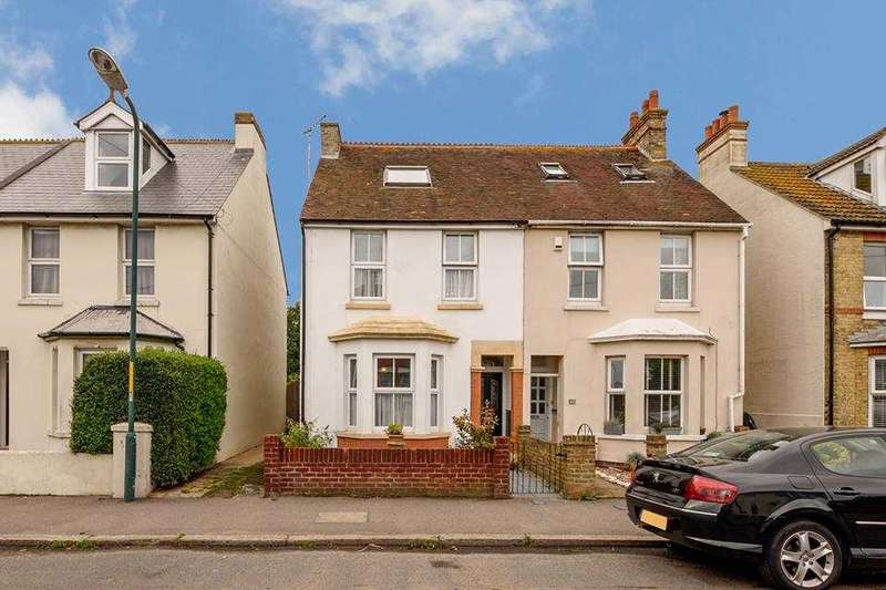 3 Bedrooms Semi Detached House for sale in St Leonards Road, Hythe