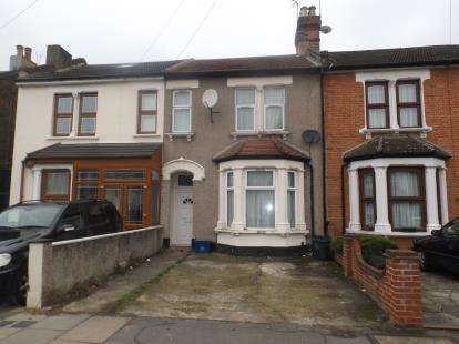 3 Bedrooms Terraced House for sale in Ilford, London, United Kingdom