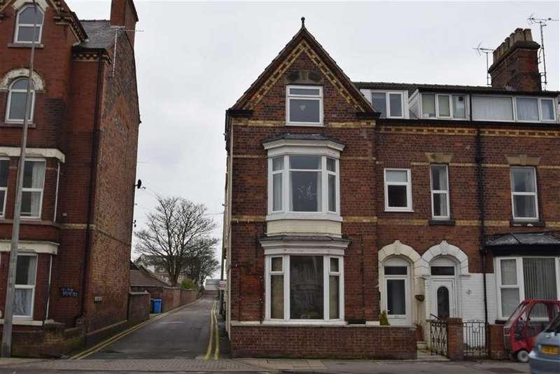 2 Bedrooms Flat for sale in Flamborough Road, Bridlington, YO15