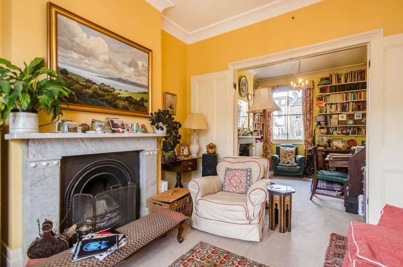 3 Bedrooms Detached House for sale in Graces Road, Camberwell, SE5