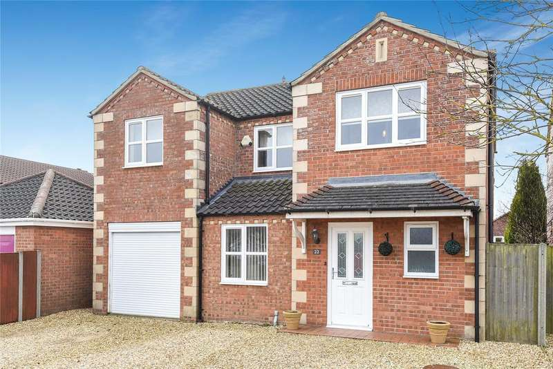 5 Bedrooms Detached House for sale in Headland Way, Navenby, LN5