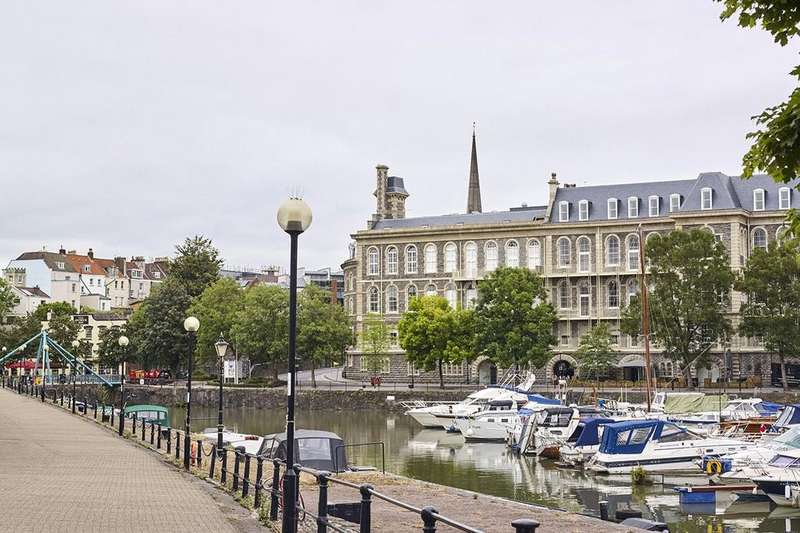 2 Bedrooms Flat for sale in Apartment 908 Sugar House, The New Yard The General, Guinea Street, Bristol, BS1