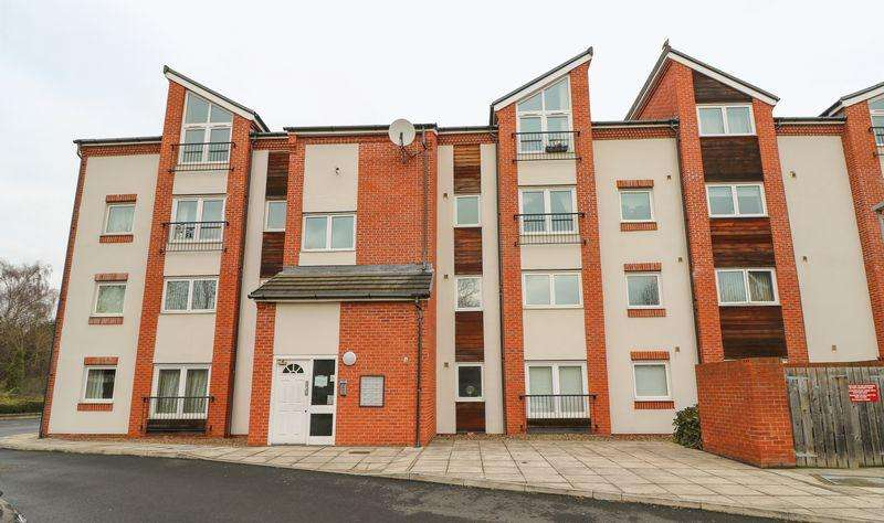 2 Bedrooms Apartment Flat for rent in Palatine Place, Dunston