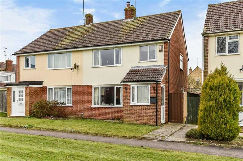 3 Bedrooms Semi Detached House for sale in Chiseldon