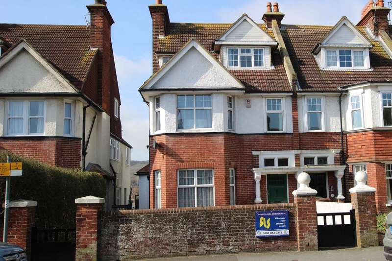 6 Bedrooms Semi Detached House for sale in Willingdon Road, Eastbourne, BN21 1TN