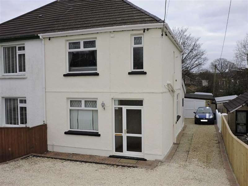 3 Bedrooms Semi Detached House for sale in Heol Y Felin, Pontyberem