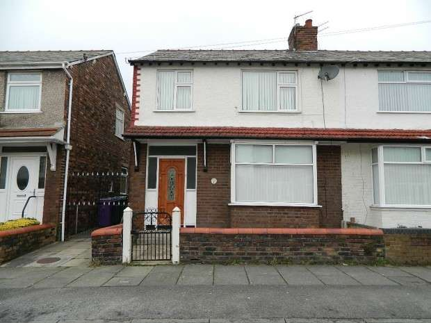 3 Bedrooms Semi Detached House for sale in Lynwood Gardens, Liverpool, L9