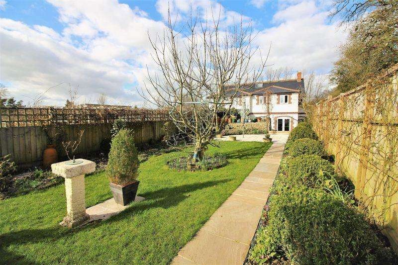 3 Bedrooms Semi Detached House for sale in Edge of Chard Junction, West Dorset
