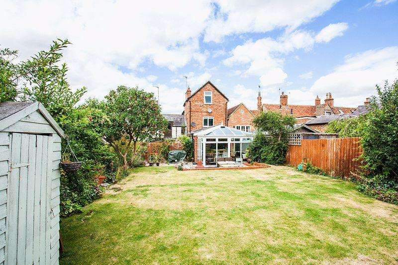 4 Bedrooms Terraced House for sale in Church Street, Gawcott